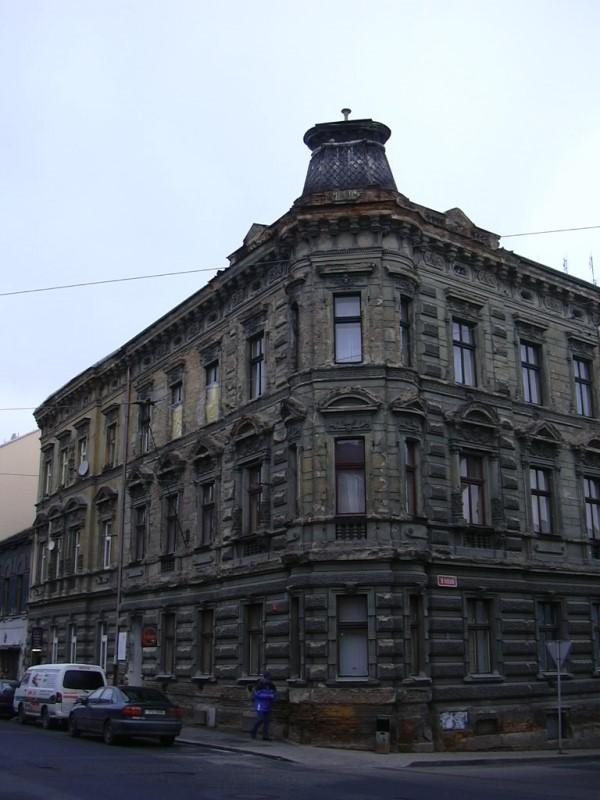 Před rekonstrukcí - Fasáda - U tržiště, Plzeň