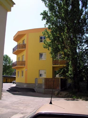 Bytový dům, Plzeň Šeříkova ul.